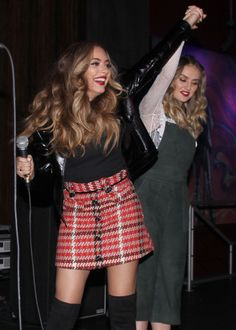 Jerrie was so alive that day omg Little Mix Style, Little Mix Girls, My Style, My Girl, Cool Girl, Perrie Edwards Style, Jade Amelia Thirlwall, Litte Mix, Jesy Nelson