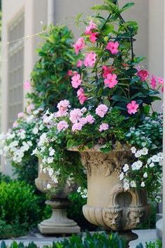 French Country Garden Planters for Spring We're gearing up for warmer temperatures here at The Well Appointed House, and that entails prepping our outdoor areas. Gardening is one of our most treasured pastimes here at The Well Appoin… Container Flowers, Container Plants, Container Gardening, Garden Urns, Garden Planters, Flower Planters, Outdoor Flower Pots, Porch Planter, Box Garden