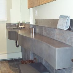 Beautiful custom bathroom counter by Oso Industries. #TOWN #TOWNAZ #TOWNshowroom #TOWNstudio #interior #design #home #lifestyle #decor #interiordesign #furniture #custom #bathroom