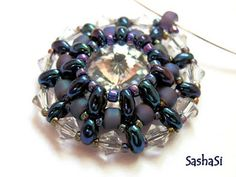 Twin bead rivoli - another bezel. #seed #bead #tutorial. Nice pictures.