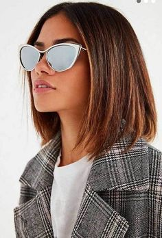 Messy Blonde Balayage Bob - 55 Different Versions of Curly Bob Hairstyle - The Trending Hairstyle Cute Bob Haircuts, Bob Haircut With Bangs, Trendy Haircuts, Short Bob Hairstyles, Hairstyles Haircuts, Long Straight Bob Haircut, Female Hairstyles, Short Hair Cuts, Short Hair Styles