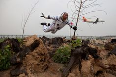 What you see is what you get when it comes to Li Wei's gravity defying photography