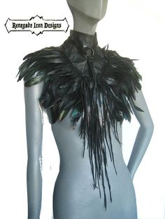 Feather Collar HarnessLeather collarFeathered Shoulder