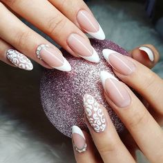 59 Trendy Nails French Manicure Oval Shape – Care – Skin care , beauty ideas and skin care tips French Manicure Acrylic Nails, French Nails, Nail Manicure, French Manicures, Nail Polish, Nail Lab, Angel Nails, Summer Toe Nails, Indigo Nails