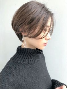 Asian Short Hair, Aesthetic Hair, Grow Out, Short Bob Hairstyles, Short Hair Styles, Make Up, Face, Awesome, Beautiful