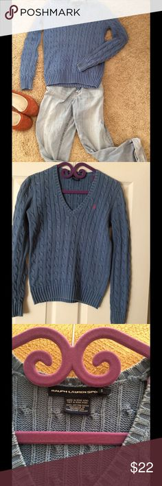 🍂🍁Ralph Lauren Cable Knit Sweater Ready to bundle up? This perfect Fall swearer is made from 100% cotton, and is in excellent condition. Ralph Lauren Sweaters Crew & Scoop Necks