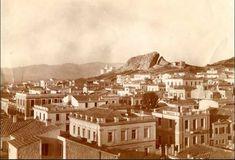 """Τι απέγινε ο λόφος στην καρδιά του Κολωνακίου που τον αποκαλούσαν """"Μικρός Λυκαβηττός"""". Στην ανοικοδόμηση της Αθήνας έγινε νταμάρι και με τις πέτρες του χτίστηκαν πολλά νεοκλασικά - ΜΗΧΑΝΗ ΤΟΥ ΧΡΟΝΟΥ Athens Greece, Old Photos, Paris Skyline, The Past, History, City, Travel, Quotes, Old Pictures"""