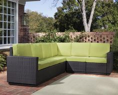 Riviera Outdoor 6 Seat Sectional in Green Apple