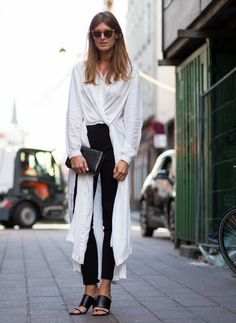 Sporty Outfits : Picture Description Long layers over slim Sporty Outfits, Summer Outfits, Fall Outfits, Polish Clothing, Women's Clothing, Casual Chic Summer, Effortless Chic, Style Me, Personal Style