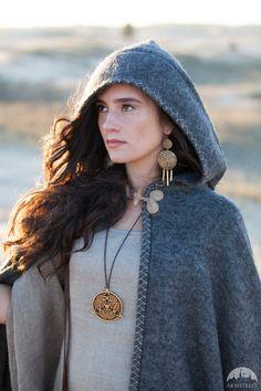 "Pilgrim's Wool Cloak ""Labyrinth"""