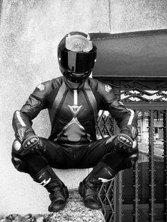 Dainese T-Age - hottest bike suit ever made! Bike Suit, Motorcycle Suit, Motorcycle Leather, Motard Sexy, Best Motorbike, Rubber Catsuit, Bike Leathers, Lycra Men, Biker Boys