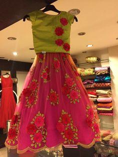 Baby Frock Pattern, Frock Patterns, Baby Dress Patterns, Frocks For Girls, Kids Frocks, Kids Outfits Girls, Girl Outfits, Kids Ethnic Wear, Kids Lehenga