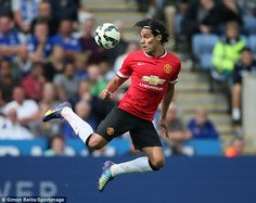 Radamel Falcao performed well on his first start for Manchester United but the team were embarrassed as Leicester City fought back from down to win thanks to some atrocious defending Manchester United 2014, Manchester United Football, Football Soccer, Football Players, Red Army, Man United, The Unit, Men, Places