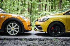 Test drive – Renault Clio RS vs. MINI Cooper S : http://auto23.ro/test-drive-renault-clio-rs-vs-mini-cooper-s/