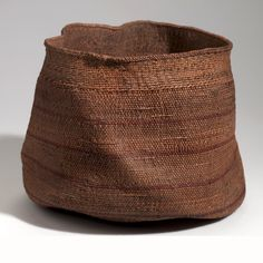Africa | Basket from the Hehe people of Iranga, Tanganyika Territory | Plant fibre, dye | ca. 1934.