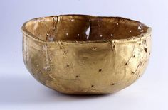 Gold bowl found at Mapungubwe royal burial site African Culture, African History, African Art, African Traditional Dresses, Cultural Identity, Historical Images, Art History, Decorative Bowls, Dish