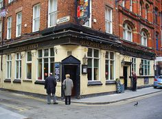 The American Bar Next Door To The Lime Street Yates Wine