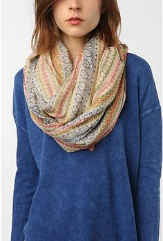 circle scarves are the bombest.