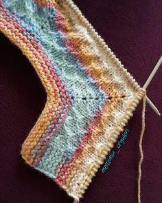 Yalancı Petek Örgü Bebek Yelek Modeli Yapılışı | Yeni Hobi Baby Knitting Patterns, Knitting Stitches, Hand Knitting, Stitch Patterns, Popcorn Stitch, Honeycomb, Sewing, Diy Crafts, Baby Blankets