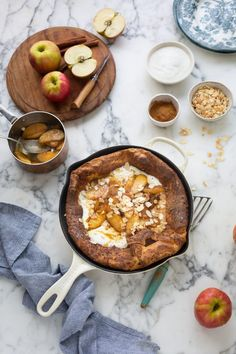 Dutch baby pancake with caramelised Pink Lady® apples & cinnamon Cinnamon Recipe, Cinnamon Apples, Sweet Breakfast, Breakfast Recipes, Brunch Recipes, Baked Camembert, Pink Lady Apples, Caramelised Apples, Dutch Baby Pancake