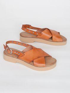 Sandals Romana Camel #sandals #romana #camel #summer #confort #shoes