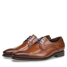 Schnürschuh mit Laserprint Men Dress, Dress Shoes, Derby, Oxford Shoes, Lace Up, Fashion, Braided Leather, Oxford Shoe, Suede Fabric