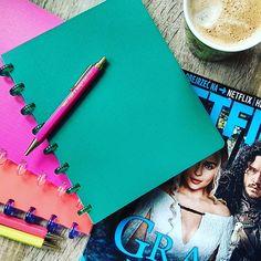 Notesy do Bullet Journalingu, planery, organizery. Zielony to nowość w moich zbiorach - zakupiony spontanicznie - przyczynił się do tego, że zaczęłam... pisać książkę w kawiarni.