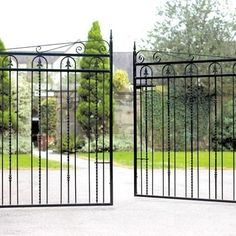 These great value Windsor Metal Driveway Gates feature numerous decorative elements to  help create an individual appearance at an affordable price.