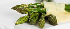 Espárragos con salsa tártara
