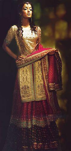 pretty lengha #jewelry #indian #bollywood #style #wedding