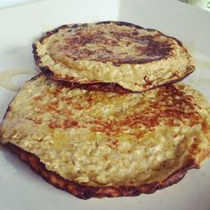 The Slimming Mama: Slimming World Oat Pancakes using Sweet Freedom Syrup