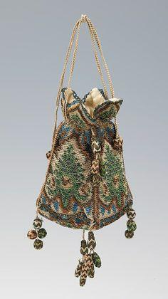 Réticule - soie et métal (1800–1810) propablement allemand - Metropolitan Museum of Art costume collections.