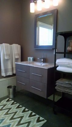 """""""Tucked In"""" A gorgeous one bedroom cottage for rent in downtown Manchester Ctr., Vt."""