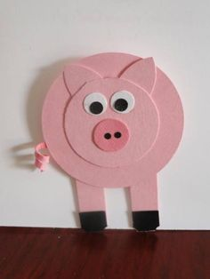 Piggy Punch Art by LibbyWaterman - Cards and Paper Crafts at Splitcoaststampers Diy For Kids, Crafts For Kids, Arts And Crafts, Craft Activities For Kids, Preschool Crafts, Pig Crafts, Paper Crafts, Kawaii Pig, Folded Fabric Ornaments