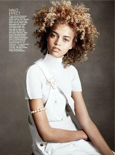 Blonde natural hair + white dungrees