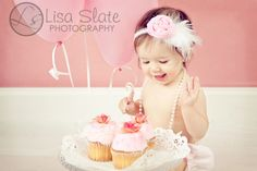 Great photo ideas for first birthday photo fun.
