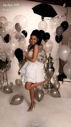 ideas birthday balloons pictures winter for 2019 30th Birthday Themes, Birthday Goals, 18th Birthday Party, Birthday Balloons, Birthday Party Decorations, Winter Birthday, Birthday Ideas, Birthday Girl Pictures, Birthday Photos