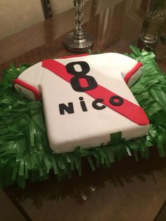 """Torta River Plate - a River Plate Soccer Team """"s cake Cupcakes, Cooking Time, My Little Pony, Party Time, Cake Decorating, Soccer, Plates, Candy, Baking"""