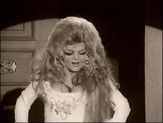 Violetta Villas #polish #singer #curls #longhair #oldschool #70s #diva #glamour #boys #love #inspiration @white #dress #glitter #shiny #classy #coctail #newyear eve #gif
