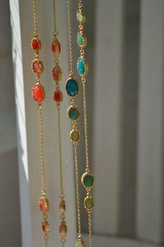 Lizas hübsche Halskette m. ovalen Steinen * vergoldet * türkis koralle