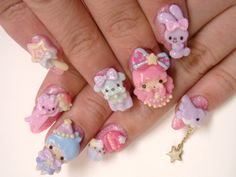 cute! but I would prolly never do my nails like this,because they will get ruined
