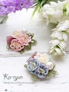 Tatted 3D flower brooch «Ka-ryun ~ Tatting of accessories. Beads and ribbon. ©️Ka-ryun.
