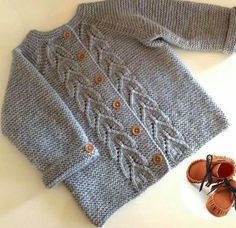 Ravelry: Vintage Cardigan pattern by Helen RoseDiscover thousands of images about Meryem ArslanOrgel-too-beautiful-Baby-hirkai – Stricken sie Baby KleidungOrgel-too-beautiful-Baby-hirkai – neşe şen – Willkommen bei Pin WorldOlive you baby car Baby Cardigan Knitting Pattern, Baby Knitting Patterns, Knitting Designs, Baby Patterns, Baby Girl Cardigans, Knit Baby Sweaters, Girls Sweaters, Knitting For Kids, Free Knitting