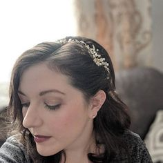FLORAL GARDEN HEADBAND Simplistic & stunning, our Floral Garden Headband is perfect for the bride looking to add a touch of delicate sparkle to her wedding hairstyle. Floral Headband Wedding, Rhinestone Wedding, Floral Headbands, Floral Hair, Crystal Wedding, Bridal Comb, Bridal Headpieces, Princess Tiara, Popular Hairstyles