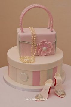 HANDBAG & HATBOX CELEBRATION CAKE Glamorous Handbag, Hatbox, Pearls and High Heels, all made in sugar, for a glamorous girl