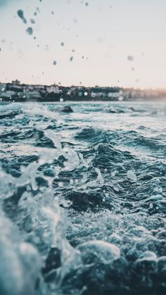 × Schönheits-Natur an ocean wallpaperSea Foam Green, Blue, and Gold Ocean Rapids Aesthetic Backgrounds, Aesthetic Iphone Wallpaper, Aesthetic Wallpapers, No Wave, Images Esthétiques, Google Images, Vacation Mood, Ocean Wallpaper, Summer Wallpaper