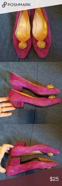 "Vintage Bruno Magli purple suede pumps Vintage leather suede Bruno Magli pumps Made in the Vero Cuoio tradition of Italian leather❤  an approx 1.25"" heel  Purple and soft with goldtone embellishments  Great condition just normal vintage wear Size 6.5  Color is true to the last picture I'm mot sure why the rest look pink these are a beautiful purple💜 Bruno Magli Shoes Heels"