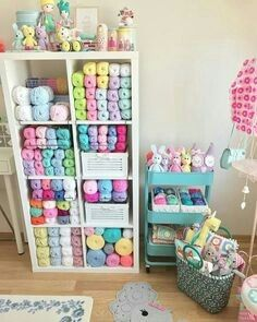Ideas for sewing rooms Yarn Storage, Craft Room Storage, Craft Rooms, My Sewing Room, Sewing Rooms, Hight Light, Knitting Room, Craft Shed, Craft Room Design