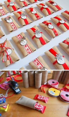Homemade Advent Calendar using paper rolls - you could use paper towel rolls cut in half too! Christmas Countdown, Winter Christmas, Christmas Holidays, Christmas Crafts, Christmas Decorations, Christmas Ornament, Homemade Advent Calendars, Diy Advent Calendar, Calendar Ideas
