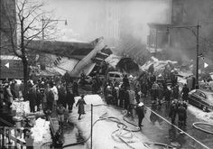 Rare Pictures of 1960 New York Airplane Disaster